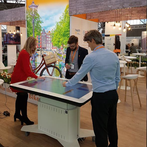 Touchscreen tafels & collaboration tables