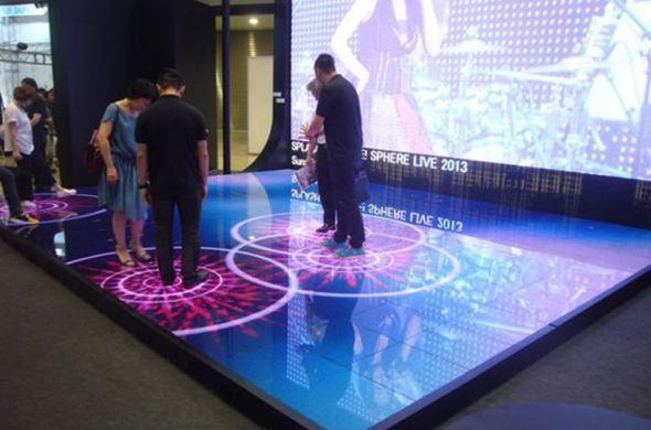 VARA winterpresentatie op Smart 55″ Multi User Touch Table