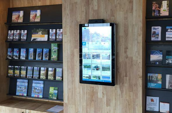 Touchscreen bij Landal Strand Resort Ouddorp Duin